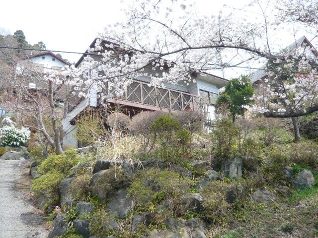 埼玉県秩父郡 桜咲くパノラマ眺望の中古別荘 250万円