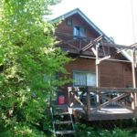 栃木県那須町 山中に建つ手作りログハウス 350万円